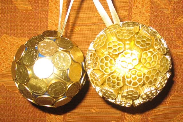 Елочные шары из макарон